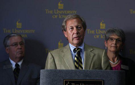 Judge decides Iowa regents' meetings with UI President Harreld do not violate law