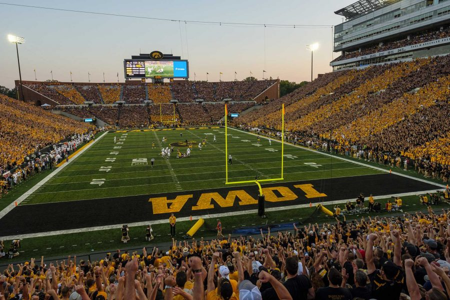Fans+cheer+during+Iowa%27s+game+against+Penn+State+at+Kinnick+Stadium+on+Sept.+23%2C+2017.+Penn+State+defeated+Iowa+21-19+on+a+last+second+touchdown+past.+%28Nick+Rohlman%2FThe+Daily+Iowan%29