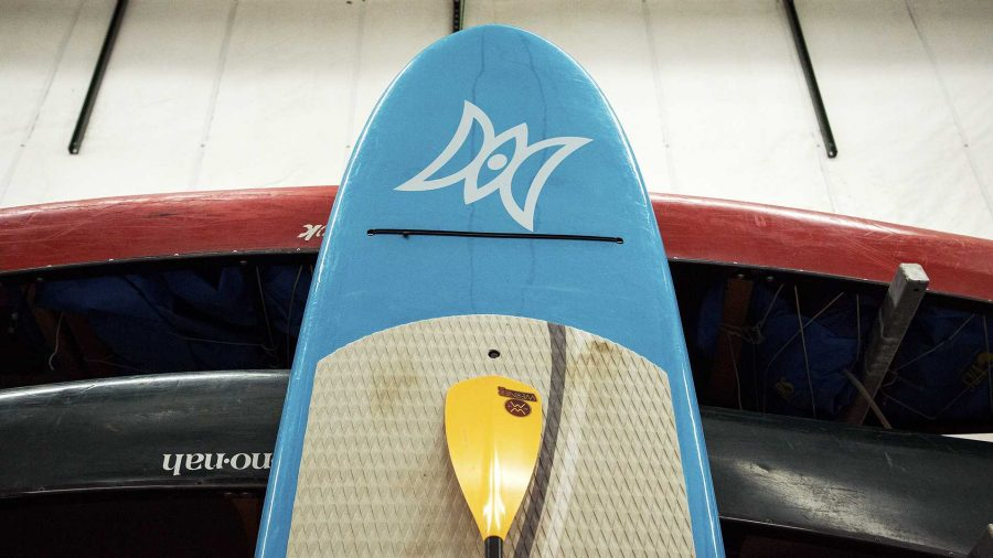 Paddle+boards+are+seen+at+the+University+of+Iowa+Outdoor+Rental+Center+on+Tuesday%2C+Sept.+19%2C+2017.+%28David+Harmantas%2FThe+Daily+Iowan%29