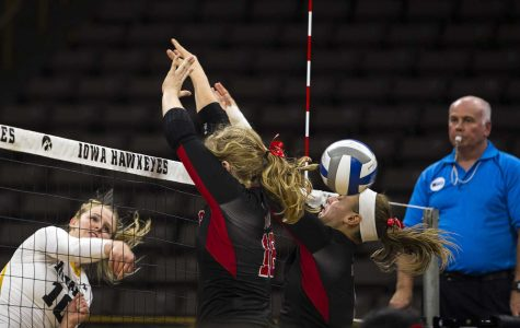 V'ball regains control, falls in battle with top-five team