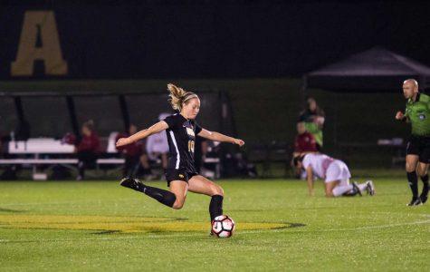 Iowa soccer ties Missouri in season opener
