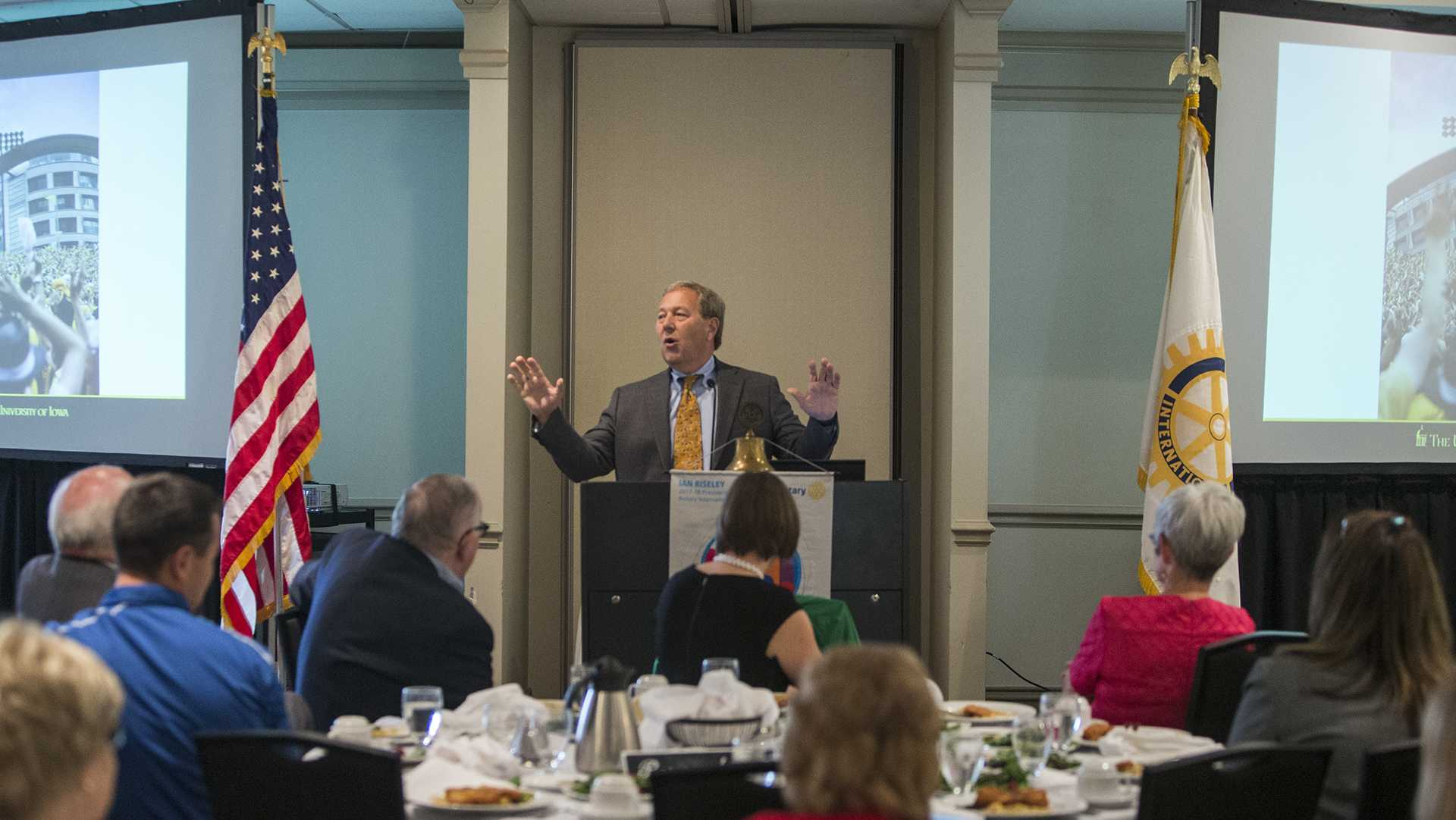 University of Iowa President Bruce Harreld delivers his State of the University Address at the University Club on Thursday, Oct. 5, 2017. Harreld spoke on issues pertaining to the rise in tuition rates for university students, state and national political conditions. He also discussed the culture of the UI, including the new Hawkeye Wave tradition. (Ben Smith/The Daily Iowan)