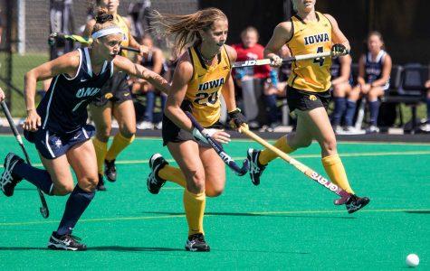 Iowa field hockey heads East for weekend matchups