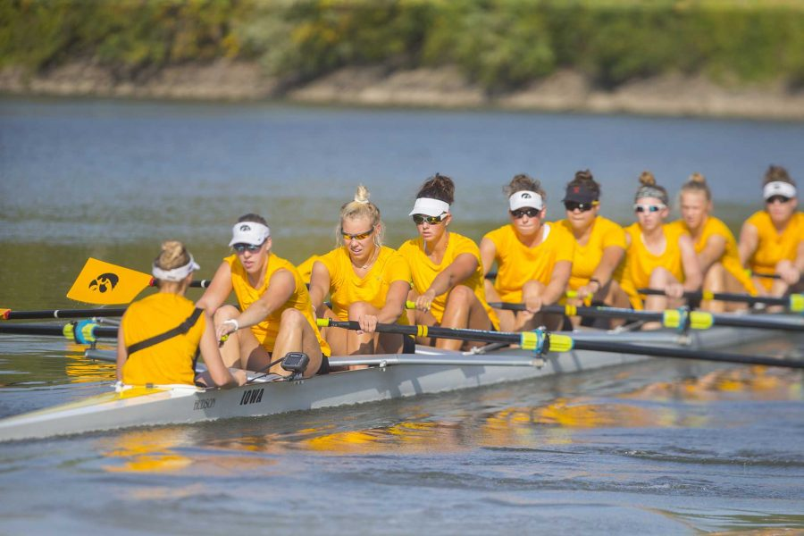 Iowa%27s+rowing+team+practices+on+the+Iowa+River+on+Friday%2C+Sept.+15%2C+2017.+The+rowing+team+recently+finalized+their+schedule%2C+with+two+home+competitions+on+Oct.+6+and+7.+%28Lily+Smith%2FThe+Daily+Iowan%29