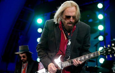 Tom Petty, Heartbreakers' leader, dies at 66