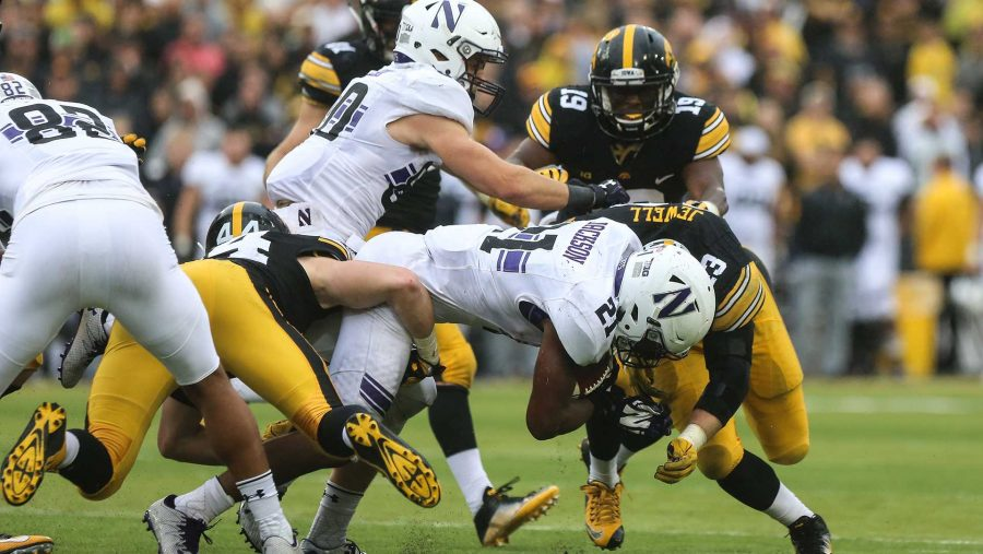 Northwestern+running+back+Justin+Jackson+crashes+into+Iowa+outside+linebacker+Josey+Jewell+during+the+Iowa+v.+Northwestern+game+at+Kinnick+Stadium+on+Saturday%2C+Oct.+1%2C+2016.+The+Hawkeyes+fell+to+the+Wildcats+38-31.+%28The+Daily+Iowan%2FAnthony+Vazquez%29