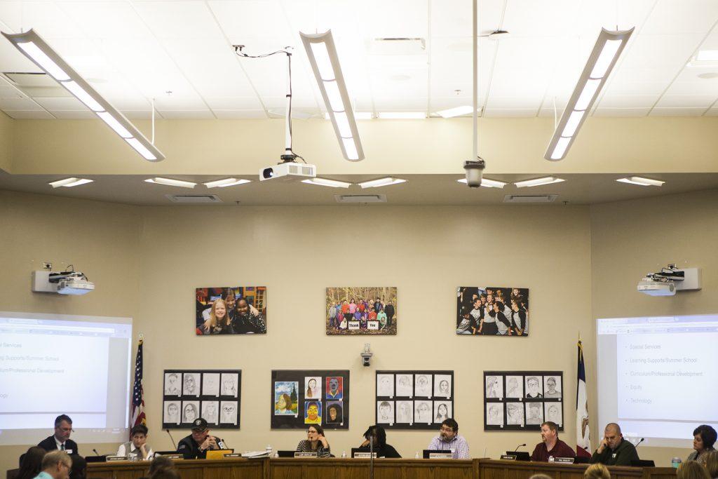 School+board+members+speak+during+Iowa+City+school+board+meeting+on+Tuesday%2C+Oct.+24%2C+2017.+%28Joseph+Cress%2FThe+Daily+Iowan%29