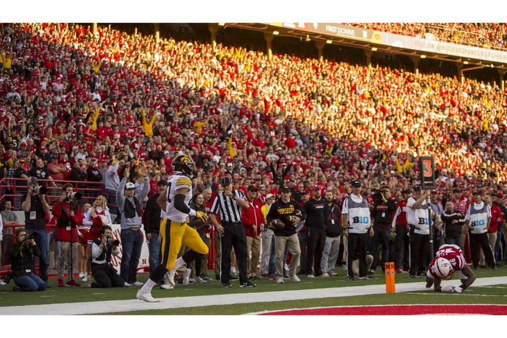 Hawkeye football weekend roundup – The Daily Iowan