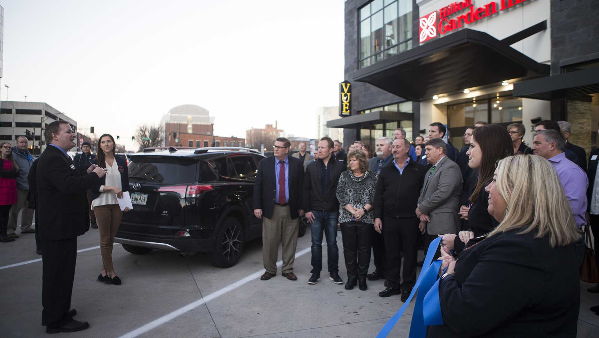 Ribbon-cutting ceremony marks Iowa City's new Hilton Garden Inn's opening