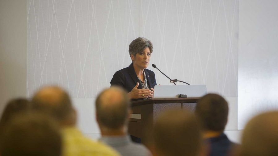 Senator+Joni+Ernst+%28R-IA%29+speaks+during+a+US+Service+Academy+Open+House+in+the+Cedar+Rapids+Public+Library+on+Saturday%2C+June+24%2C+2017.+Sen.+Ernst+met+with+prospective+military+families+and+protesters+alike+to+answer+questions+both+on+and+off+par+with+the+event.+%28Lily+Smith%2FThe+Daily+Iowan%29
