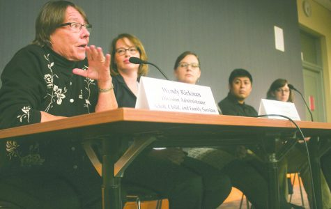 Members of Iowa City government and nonprofits speak on poverty