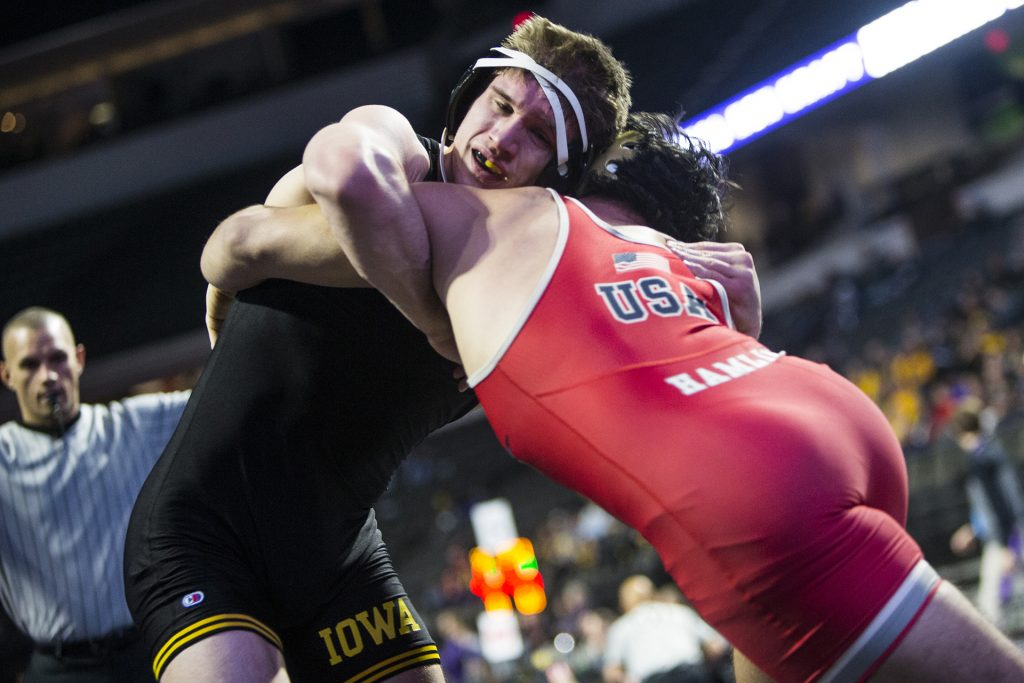 Iowa%27s+184-pound+Cash+Wilcke+wrestles+during+the+first+session+of+the+55th+Annual+Midlands+Championships+in+the+Sears+Centre+in+Hoffman+Estates%2C+Illinois%2C+on+Friday%2C+Dec.+29%2C+2017.+%28Joseph+Cress%2FThe+Daily+Iowan%29
