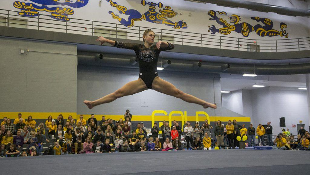 Gymnasts+during+the+Black+and+Gold+Intrasquad+meet+at+the+Field+House+on+Saturday%2C+Dec.+2%2C+2017.++The+Gold+team+defeated+the+Black+team%2C+13-7.+%28Lily+Smith%2FThe+Daily+Iowan%29