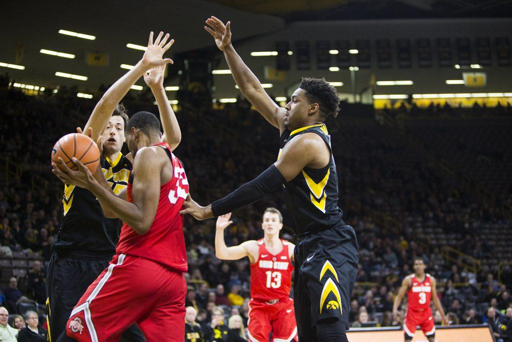 Iowa+forward+Ryan+Kriener+and+Dom+Uhl+cover+Ohio+State+forward+Kieta+Bates-Diop+during+an+Iowa%2FOhio+State+men%27s+basketball+game+in+Carver-Hawkeye+Arena+on+Thursday%2C+Jan.+4%2C+2018.+The+Buckeyes+defeated+the+Hawkeyes%2C+92-81.+%28Joseph+Cress%2FThe+Daily+Iowan%29