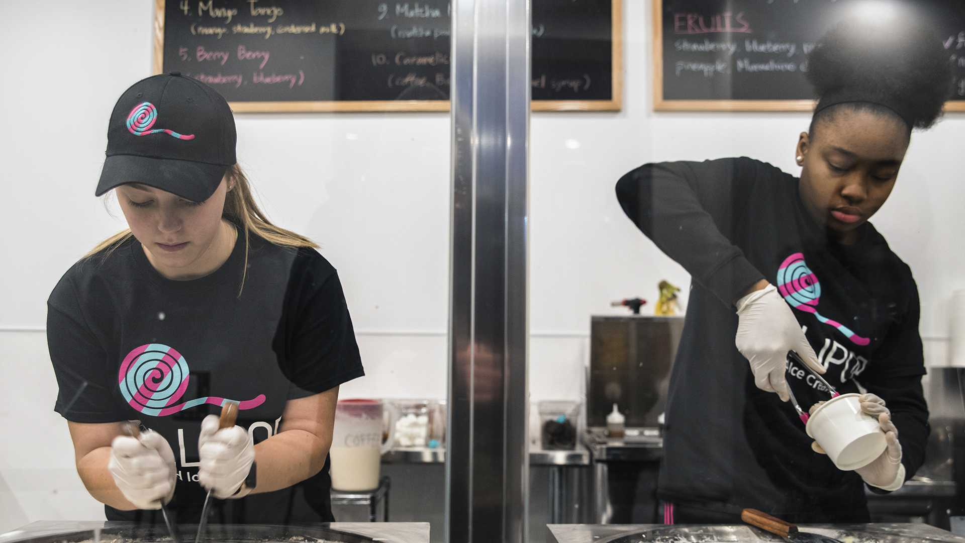 Rolled ice cream sweetens Iowa City
