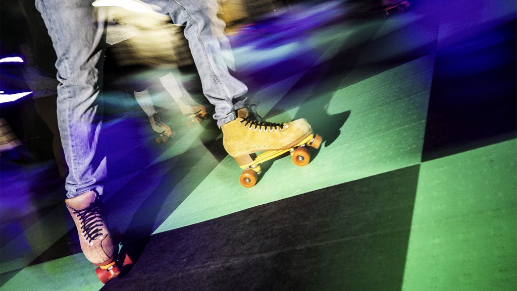 Roller+skaters+enjoy+the+accommodations+in+the+IMU+on+Saturday%2C+Feb.+10%2C+2017.+The+event+was+organized+by+the+Dream+Center%2C+an+organization+that+helps+with+child+mentorship+and+leadership+programs.+%28James+Year%2FThe+Daily+Iowan%29