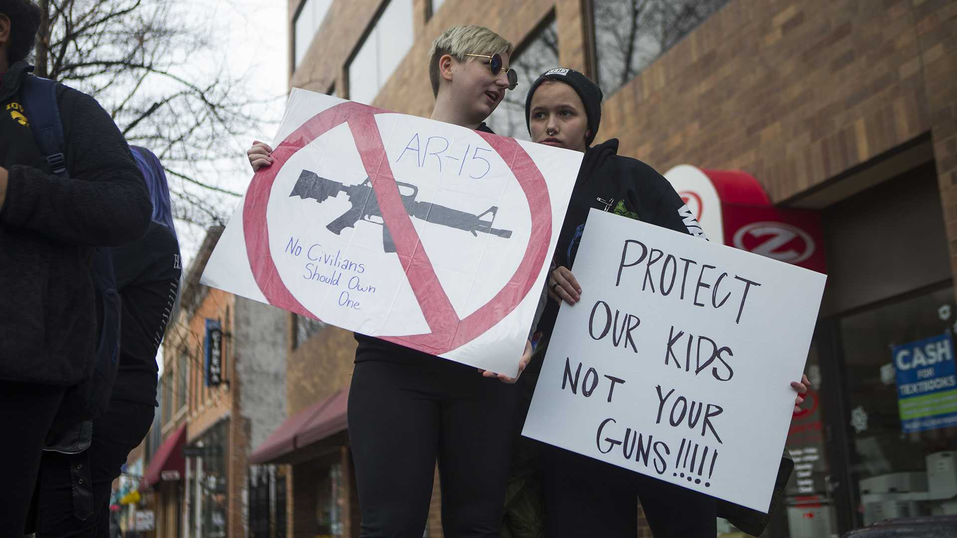Lyft offers free rides for March for Our Lives attendees
