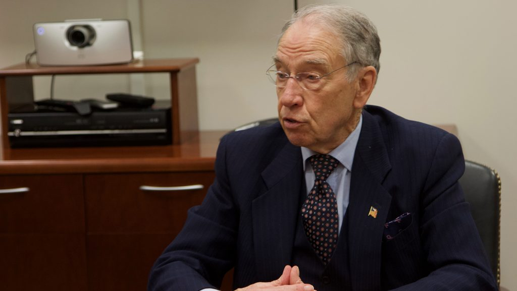 Sen.+Chuck+Grassley%2C+R-Iowa%2C+sits+in+his+Washington+office+on+March+12.+Grassley+said+he+opposes+President+Trump%E2%80%99s+tariffs+on+steel+and+aluminum+because+they+could+hurt+Iowa+farmers+who+rely+on+international+trade+to+make+a+profit.+%28Gage+Miskimen%2FThe+Daily+Iowan%29