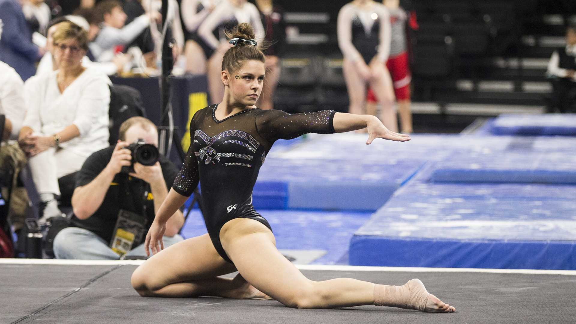 It's all in the mindset for University of Iowa gymnastics