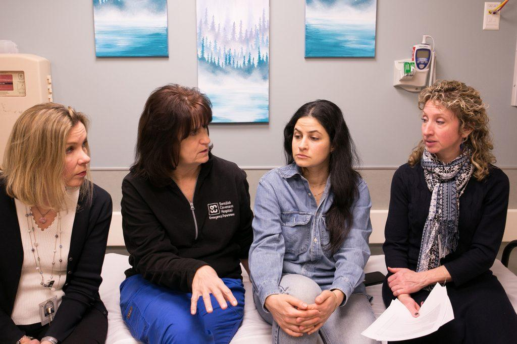 From+left%2C+Kate+Lawler%2C+Margaret+Polakow%2C+Shira+Blanton+and+Kimberly+Leslie+meet+about+Sexual+Assault+Nurse+Examiner+training.+The+meeting+occurred+in+a+patient+room+that+Swedish+Covenant+Hospital+has+created+in+its+ER+specifically+for+sexual+assault+survivors.+%28Kristan+Lieb%2FChicago+Tribune%2FTNS%29