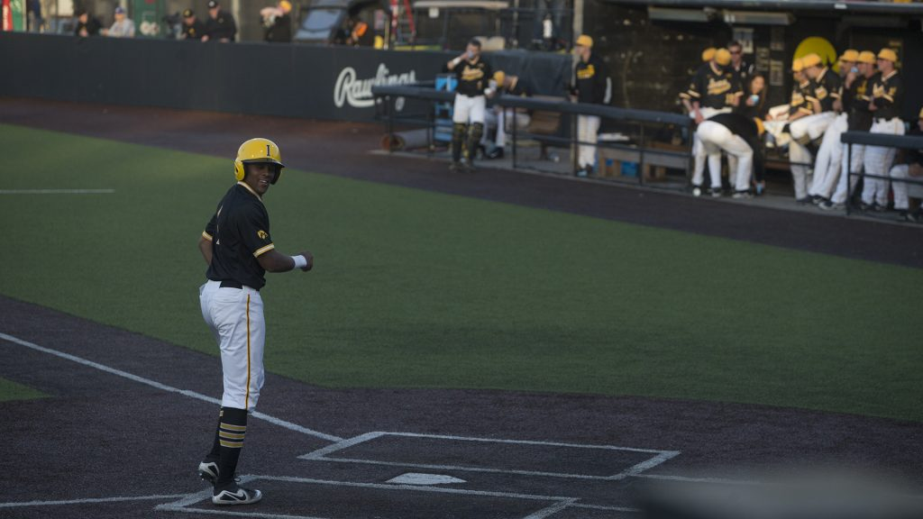 Hawkeye+infielder%2C+Sophomore+Lorenzo+Elion%2C+leisurely+runs+home+during+the+eight+run+streak+of+the+third+inning+during+Men%27s+Baseball+at+Duane+Banks+Fields+on+Wednesday+Apr.+25%2C+2018.+The+Hawkeyes+defeated+the+Panthers+12-4.+%28Katie+Goodale%2FThe+Daily+Iowan%29