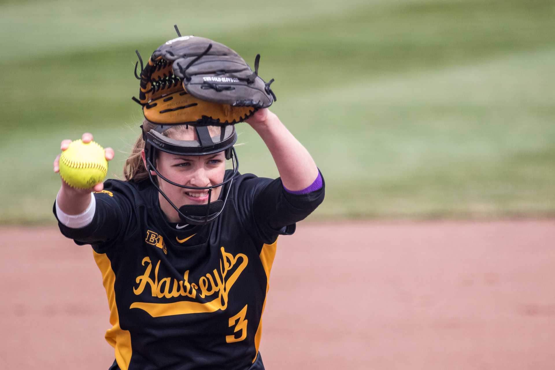 Photos: Softball vs Minnesota game 1