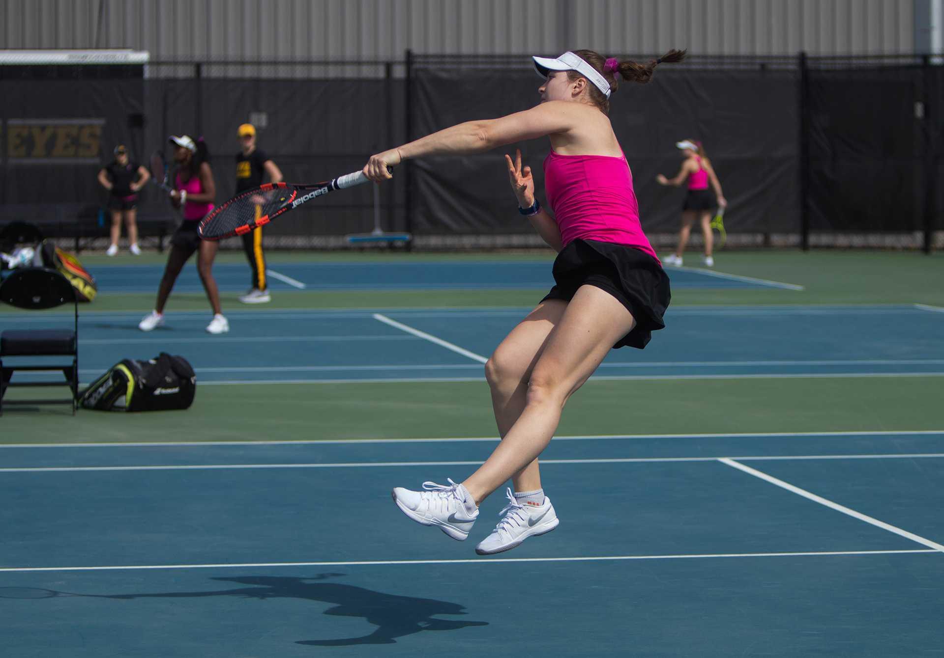 Photos: Women's tennis vs Minnesota