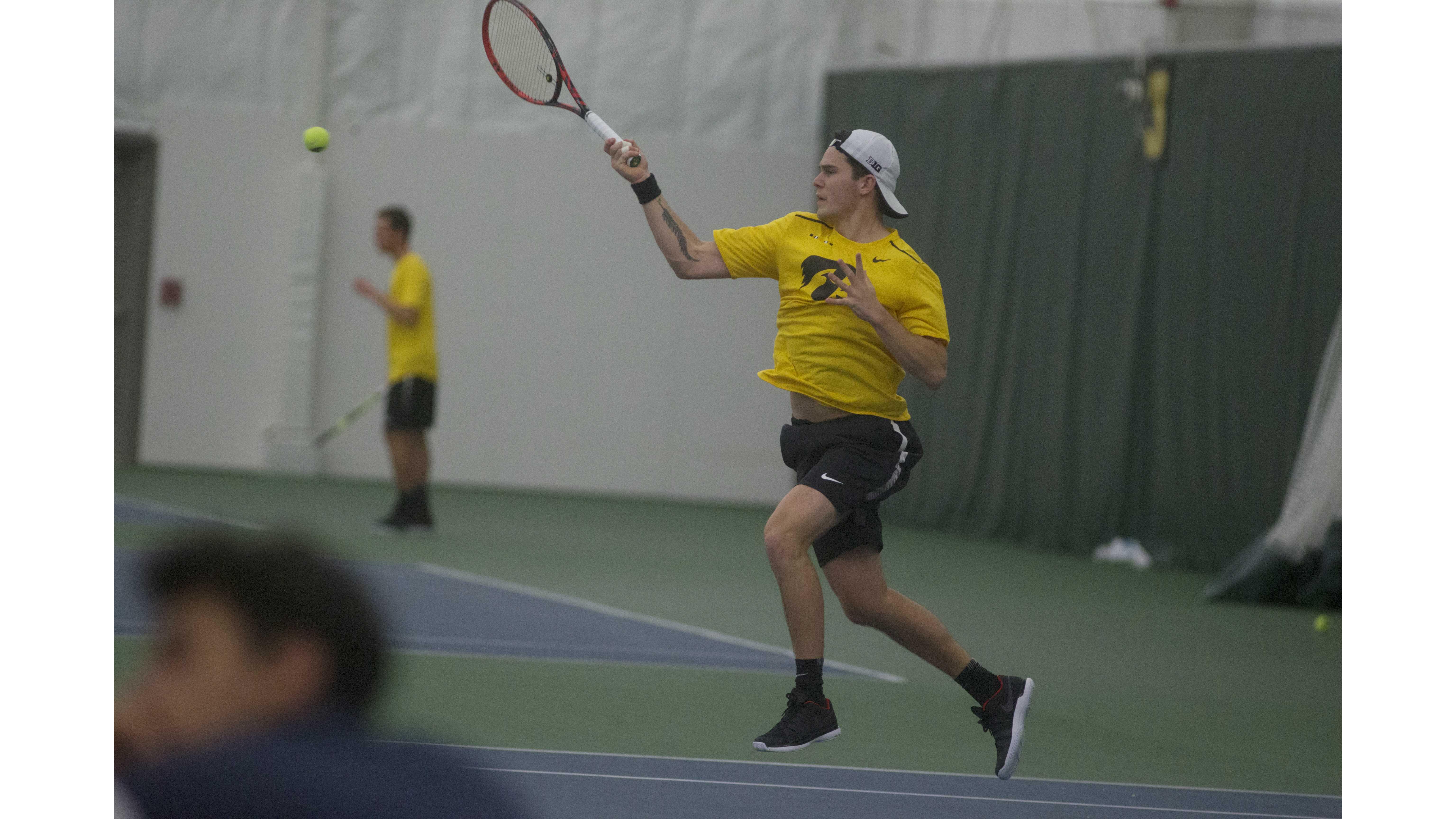 Three wins, one loss for Hawkeye tennis