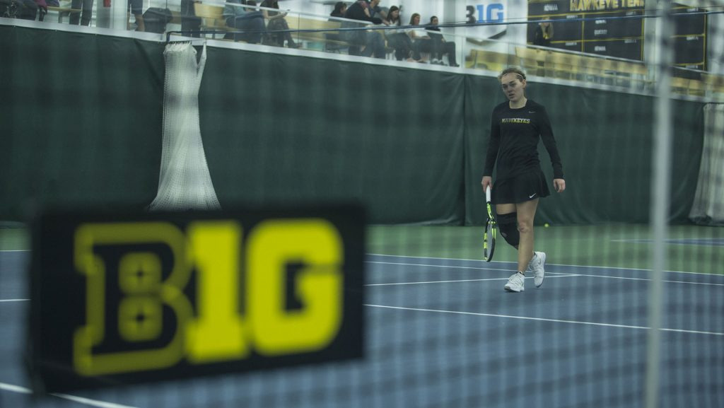 Iowa%27s+Zoe+Douglas+reacts+during+a+tennis+match+between+Iowa+and+Ohio+State+in+Iowa+City+on+Sunday%2C+March+25%2C+2018.+The+Buckeyes+swept+the+doubles+point+and+won+the+match%2C+6-1.+%28Shivansh+Ahuja%2FThe+Daily+Iowan%29