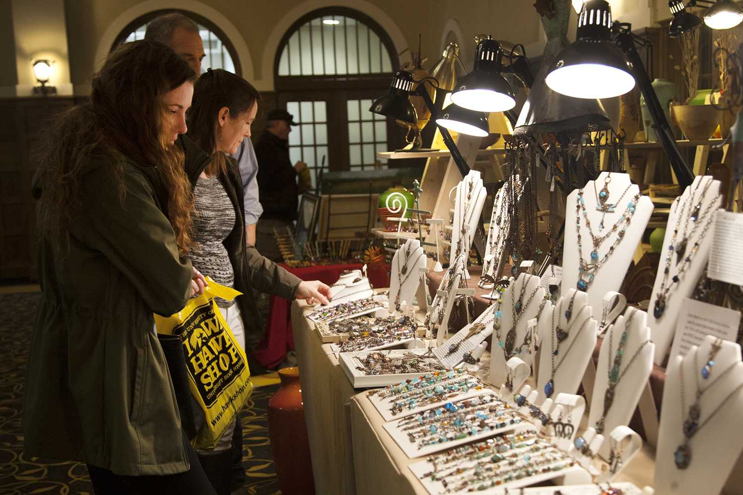 Artists gather for spring fair