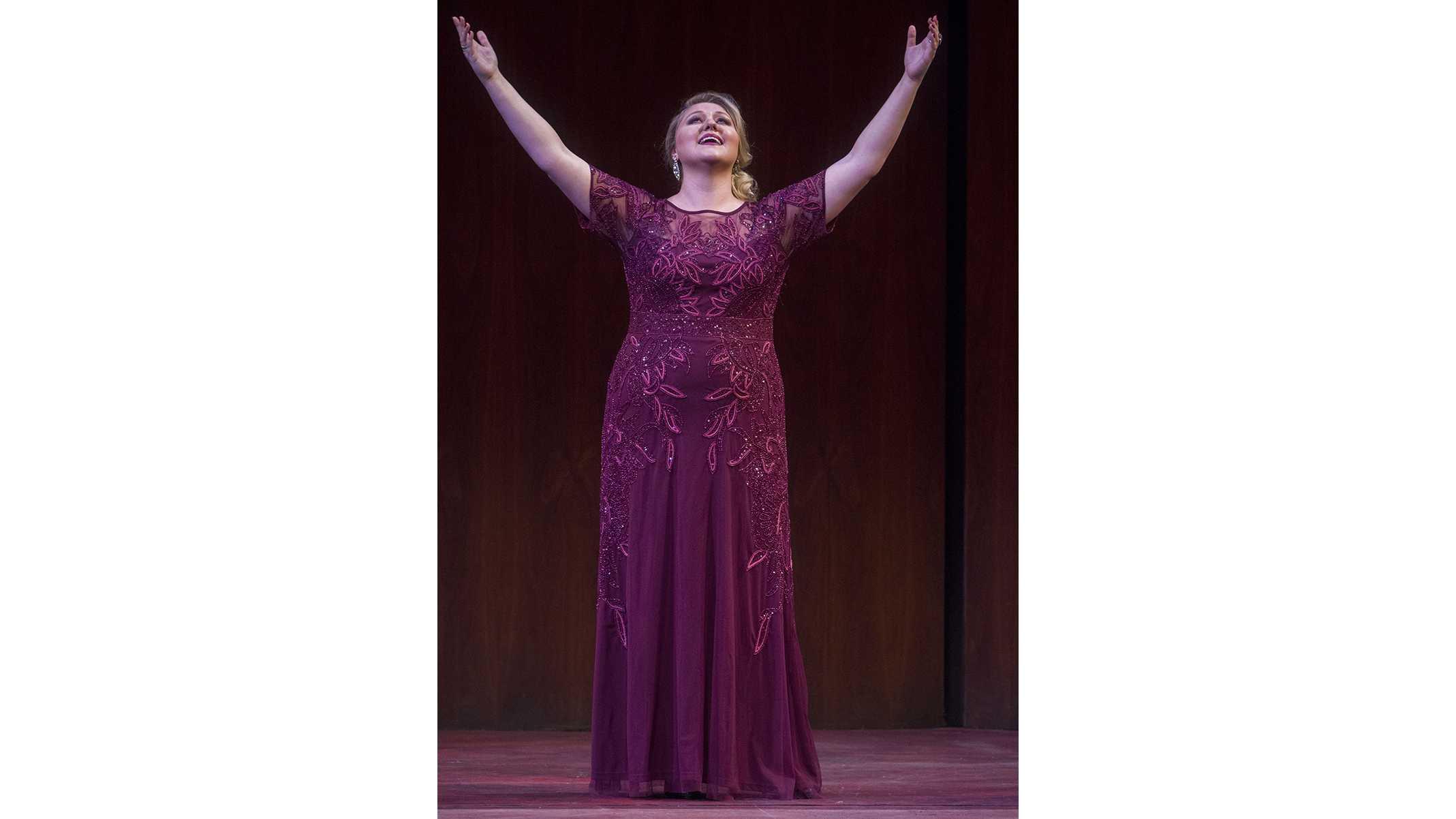 Iowa City born Jessica Faselt wins opera award