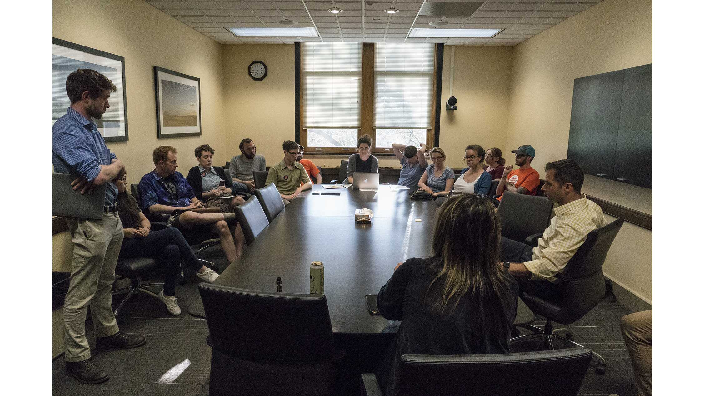 Nontenure faculty bring list of demands to UI president's office