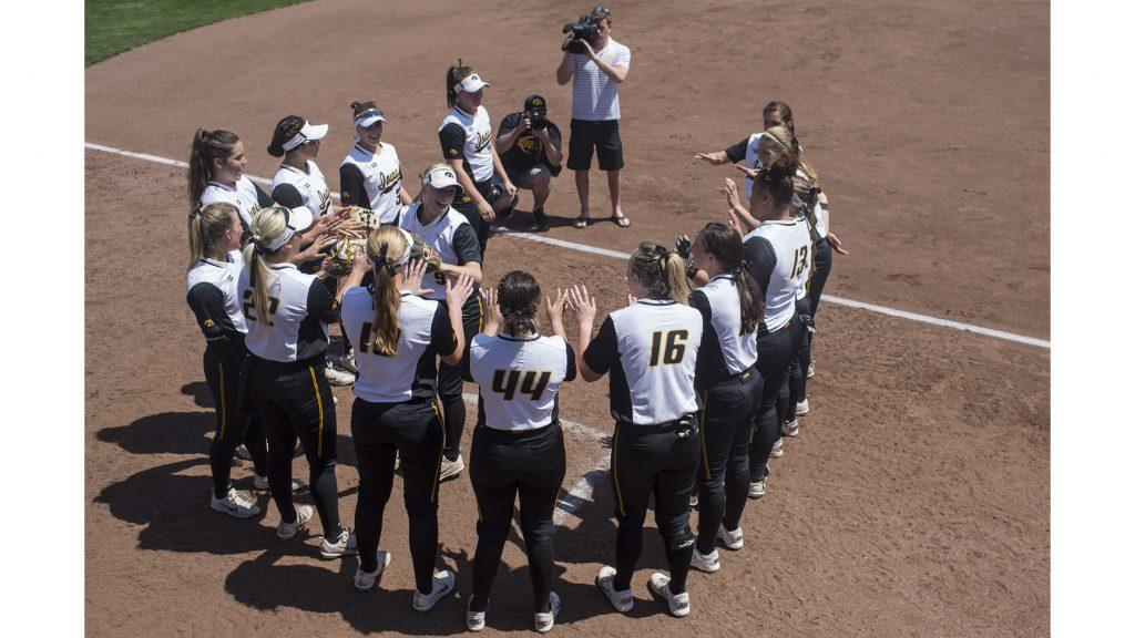 Iowa%27s+Sarah+Kurtz+is+introduced+before+a+softball+game+between+Iowa+and+Purdue+on+Sunday%2C+May+6%2C+2018.+The+Boilermakers+spoiled+the+Hawkeyes%27+senior+day%2C+6-0.+%28Shivansh+Ahuja%2FThe+Daily+Iowan%29