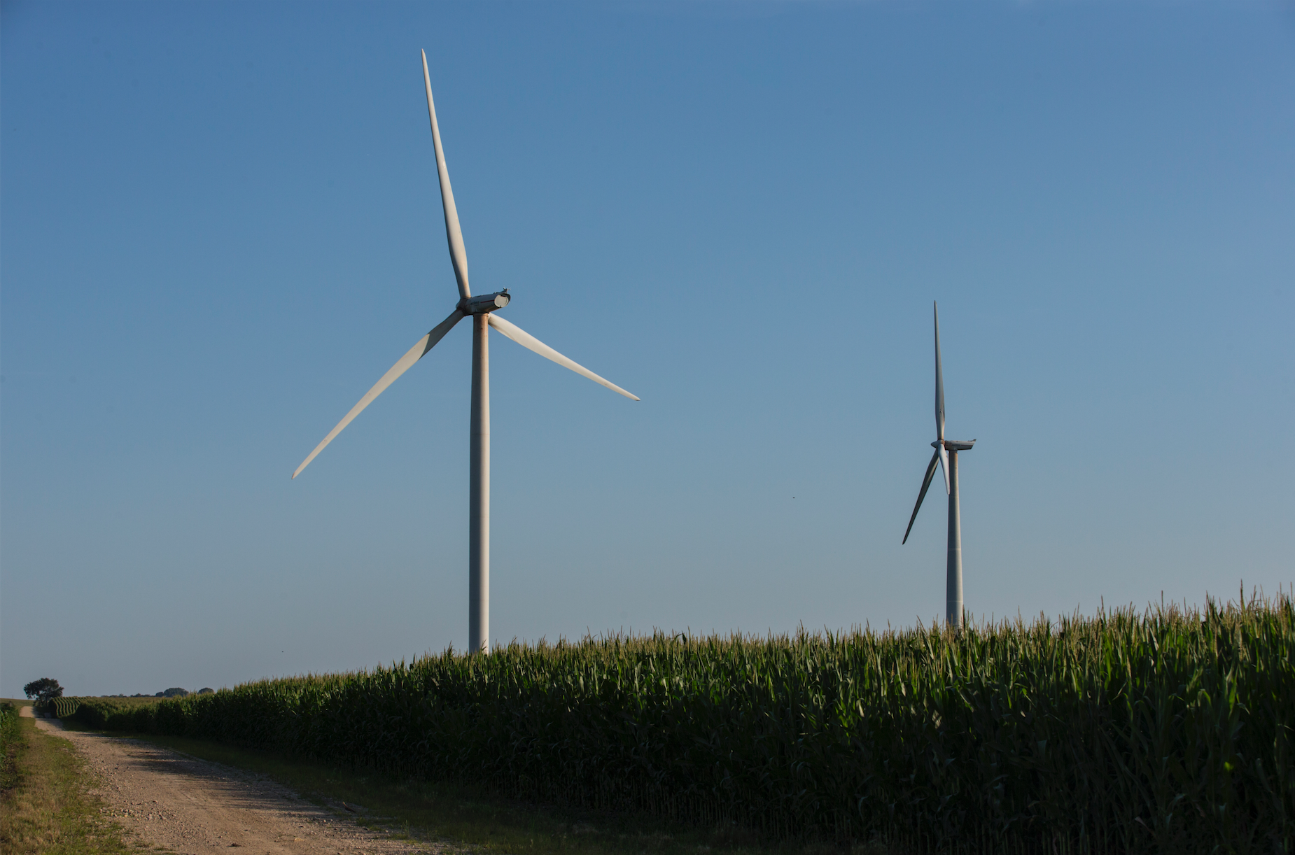 MidAmerican plans to reach 100 percent renewable energy