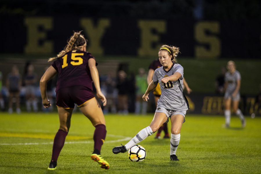 Iowa+Midfielder+Natalie+Winters+%2810%29+plays+a+pass+during+Iowa%E2%80%99s+game+against+Central+Michigan+on+Friday%2C+Aug.+31%2C+2018.+The+Hawkeyes+defeated+the+Chippewas+3-1.+Winters+scored+the+Hawkeyes%E2%80%99+third+goal+on+a+penalty+kick+in+the+second+half.+%28Nick+Rohlman%2FThe+Daily+Iowan%29