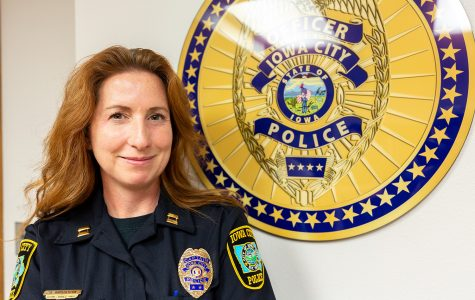 Iowa City promotes first female police captain