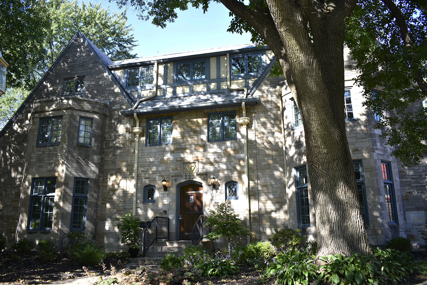 The Delta Zeta Sorority house is seen on South Dodge Street on Wednesday, Sept. 12, 2018. Several fraternities and sororities on campus are taking the initiative of being more sustainable in their chapters.