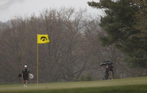Iowa men's golf kicks season off at Gopher Invitational