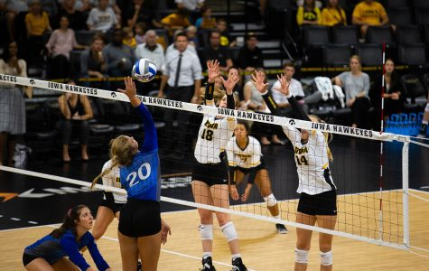 Rivalry week continues for Iowa volleyball
