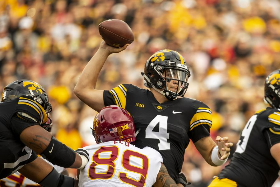 Iowa+quarterback+Nate+Stanley+throws+under+pressure+during+Iowa%27s+game+against+Iowa+State+at+Kinnick+Stadium+on+Saturday%2C+Sept.+8%2C+2018.+The+Hawkeyes+defeated+the+Cyclones+13-3.