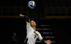 Fundamentals prove key in Hawkeye volleyball's weekend sweep