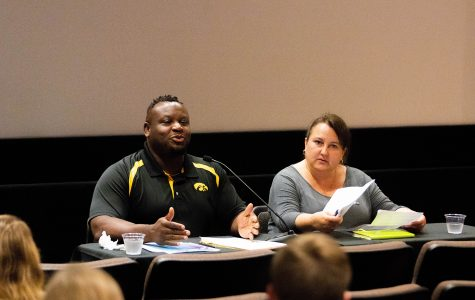 City Council candidates hold public forum to communicate with students