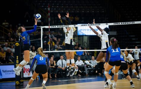 By the numbers: Iowa volleyball's winning streak