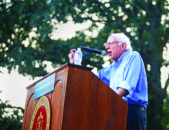US+Senator+Bernie+Sanders+speaks+at+Coe+College+in+Cedar+Rapids+on+Friday%2C+Sept+4%2C+2015.+Sanders+is+running+for+president+in+2016.+%28The+Daily+Iowan%2FLexi+Brunk%29