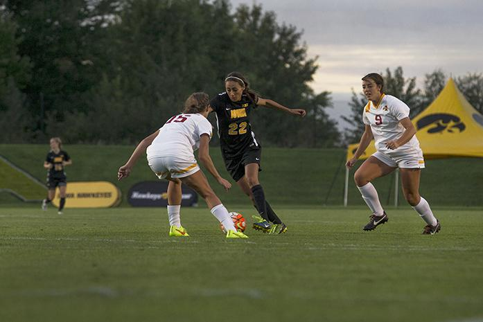Iowa+midfielder+Hannah+Kousheh+penetrates+Cyclone%27s+defense+during+the+game+on+Friday%2C+September+11%2C+2015.+The+Hawkeyes+defeated+the+Cyclones%2C+1-0.+%28The+Daily+Iowan%2FPeter+Kim%29