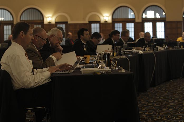 Board+of+Regents+members+gather+in+the+IMU+Main+Lounge+on+Wed.+March+11%2C+2015.+The+State+of+Iowa+Board+of+Regents+meet+to+discuss+the+future+of+universities+in+Iowa.+%28The+Daily+Iowan%2FCourtney+Hawkins%29