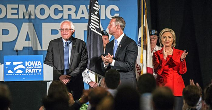 %28from+left%29+Vermont+senator+Bernie+Sanders%2C+former+Maryland+governor+Martin+O%27Malley+and+former+Secretary+of+State+Hillary+Clinton+stand+on+stage+of+the+Iowa+Democratic+Hall+of+Fame+ceremony+on+Friday%2C+July+17%2C+2015.+Five+democratic+presidential+candidates+gave+speeches+during+the+event.+%28The+Daily+Iowan%2FSergio+Flores%29