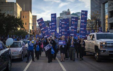 Clinton, Sanders lead charge in Iowa