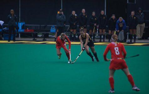 Field hockey falls in tournament