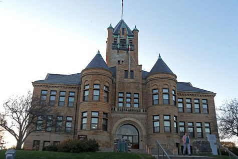 The Johnson County courthouse has scheduled a construction for a new entrance to the building. The Johnson courthouse has been a part of Iowa City since 1901. (The Daily Iowan/Glenn Sonnie Wooden)